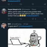 Screenshot cuitan tagar mahasiwa2015 jadi trending Indonesia di bawah tagar politik.