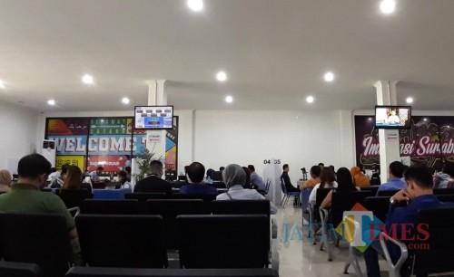 Pengurusan administrasi di Dispendukcapil Kabupaten Pasuruan.