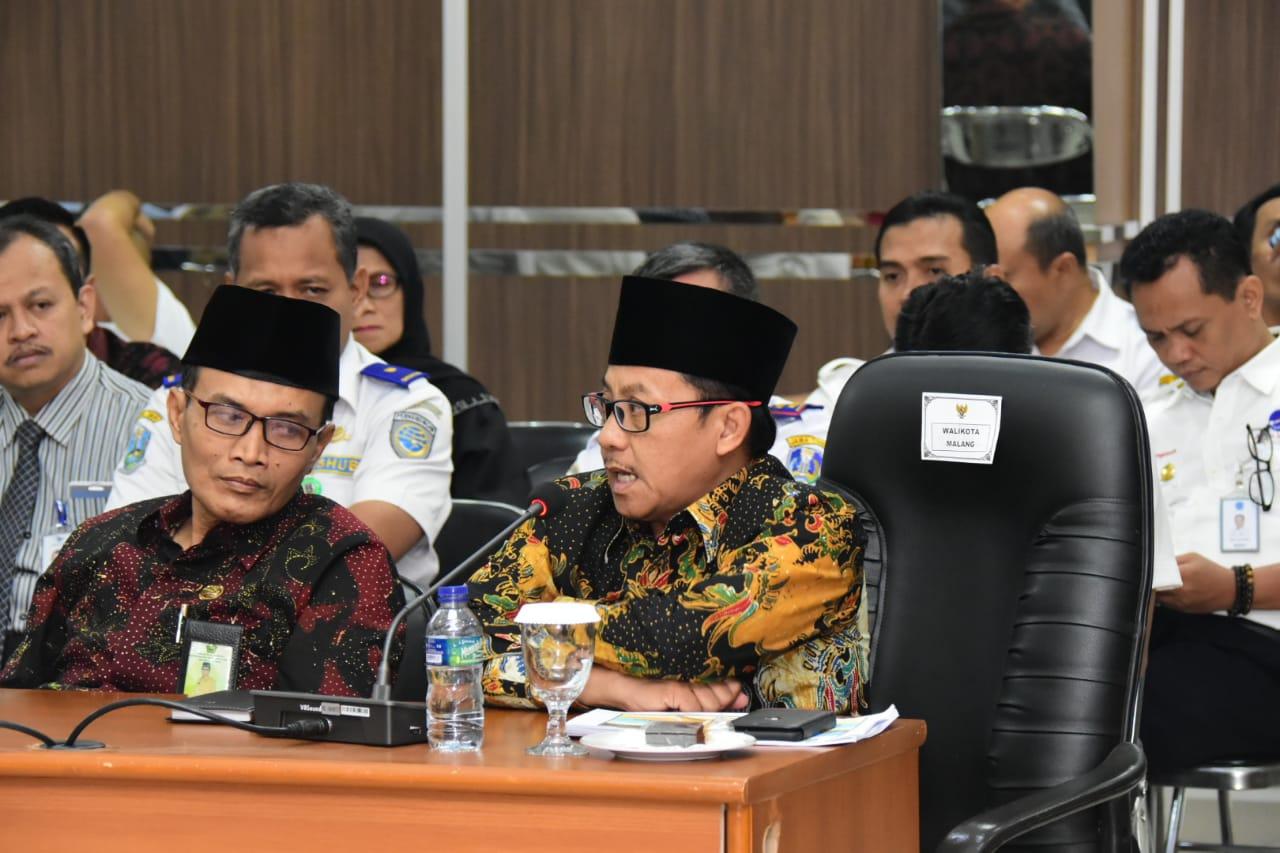 Wali Kota Malang Sutiaji saat hadir dalam FGD internasionalisasi Bandara Abd Saleh (Humas Pemkot Malang for MalangTIMES).