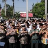 Plt Bupati Malang Sanusi mengingatkan jangan sampai ada pihak-pihak yang merusak demokrasi desa dalam Pilkades gelombang III 2019 (humas for MalangTIMES)