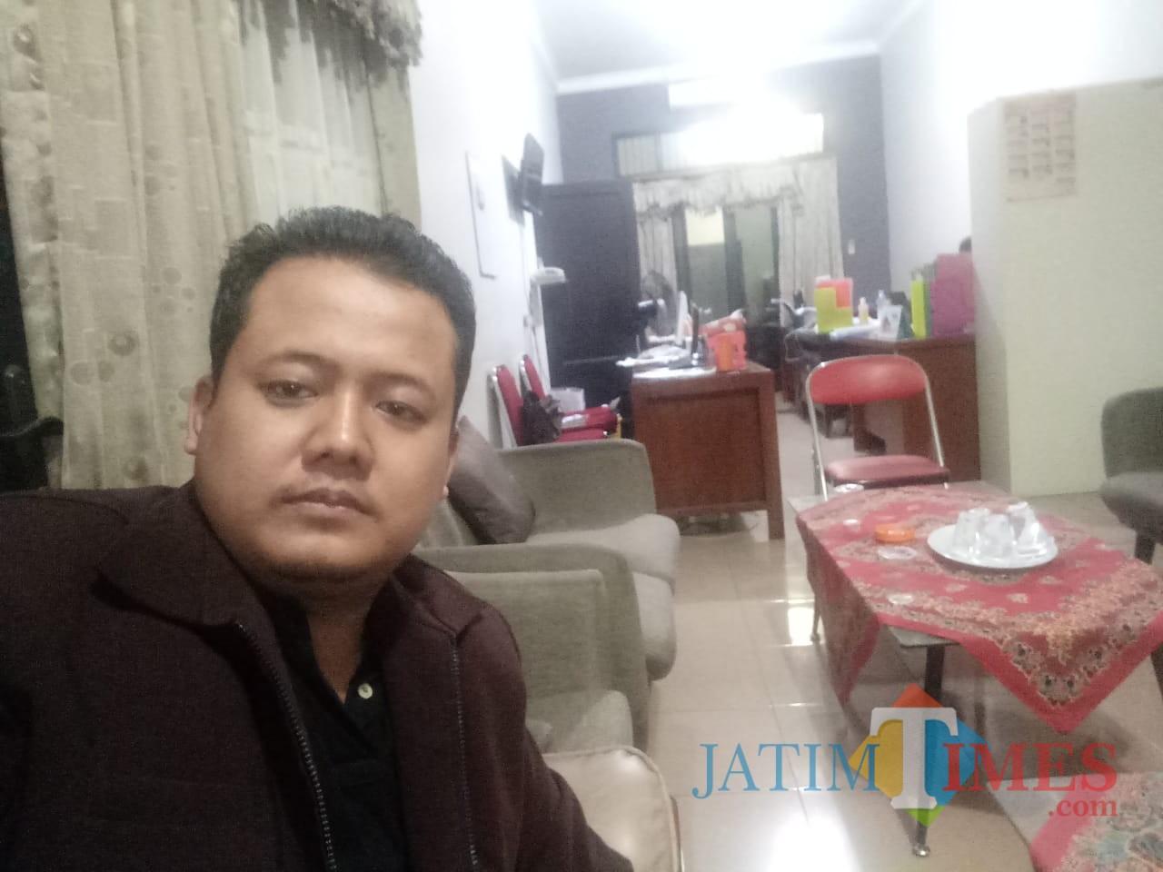Ketua LSM Bintara, Raden Ali Shodik / Foto : Anang Basso / Tulungagung TIMES