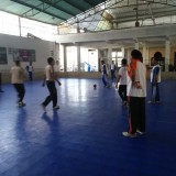 Para anggota Polsek Lowokwaru yang  bertanding di lapangan futsal(Polsek Lowokwaru)