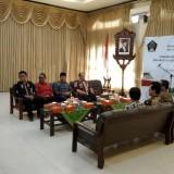 Bupati dan jajaran Pemkab Blitar saat kunjungan dan tanda tangan MoU dengan pihak ISI Surakarta di Solo