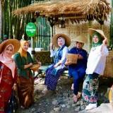 Serasa Kembali ke Masa Tempo Dulu, Desa Bumiaji Suguhkan Pasar Barongan