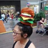 Kreasi tatanan gaya rambut berbentuk burger (Foto: Istimewa)