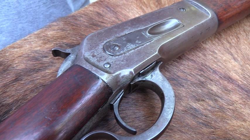 Senapan-senapan termahal di dunia yang memiliki kisah kelam di dalamnya (Ist)