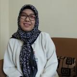 Direktur PD BPR Tugu Artha Kota Malang Nyimas Nunin saat ditemui di kantornya. (Foto: Nurlayla Ratri/MalangTIMES)