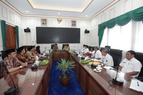 Suasana audinsi komisioner KPU Kota Malang bersama Wali Kota Malang Sutiaji (Foto: Humas Pemkot Malang)