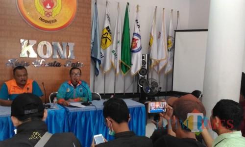 Ketua KONI Kota Batu Mahfud saatjumpa pers yang diselenggarakan di kantor KONI Kota Batu, Jl Sultan Agung Nomor 8, Kamis (27/6/2019).