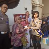 Sambut HUT Bhayangkara ke73, Polres Kediri Berika  Pelayanan SIM Keliling. (Foto: Bambang Setioko/KediriTIMES)