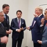 Jokowi Terima Ucapan Selamat Hingga Diberi Permen Trump saat KTT G-20