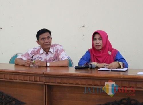Kabid SD Dinas Pendidikan Kabupaten Malang, Slamet Suyono (kiri) menyampaikan roadshow pembinaan sukses USBN 2019/2020 telah dimulai di SD Kabupaten Malang