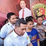 Tersangka Nur Hidayat ketika diamankan polisi