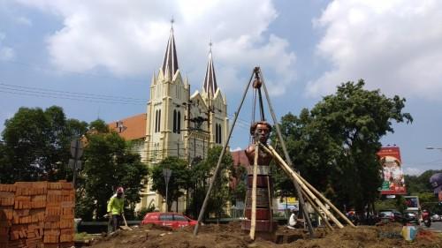 Rekonstruksi Taman Chairil Anwar di kawasan Kayu Tangan (Pipit Anggraeni/MalangTIMES)