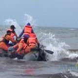 Tim SAR Gabungan sedang melakukan upaya pencarian nelayan yang hilang