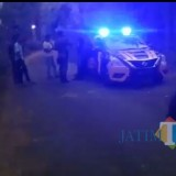 Batas kendaraan masuk lokasi gunung Piramid Desa Tegal Tengah  dijaga polisi