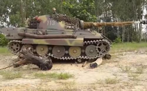 King Tiger, tank mainan yang ukurannya seperti asli (istimewa)