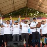 Sekda Kota Kediri Budwi Sunu bersama Kapolresta Kediri AKBP Anthon Haryadi saat menggelar deklarasi. (eko Arif s /JatimTimes)