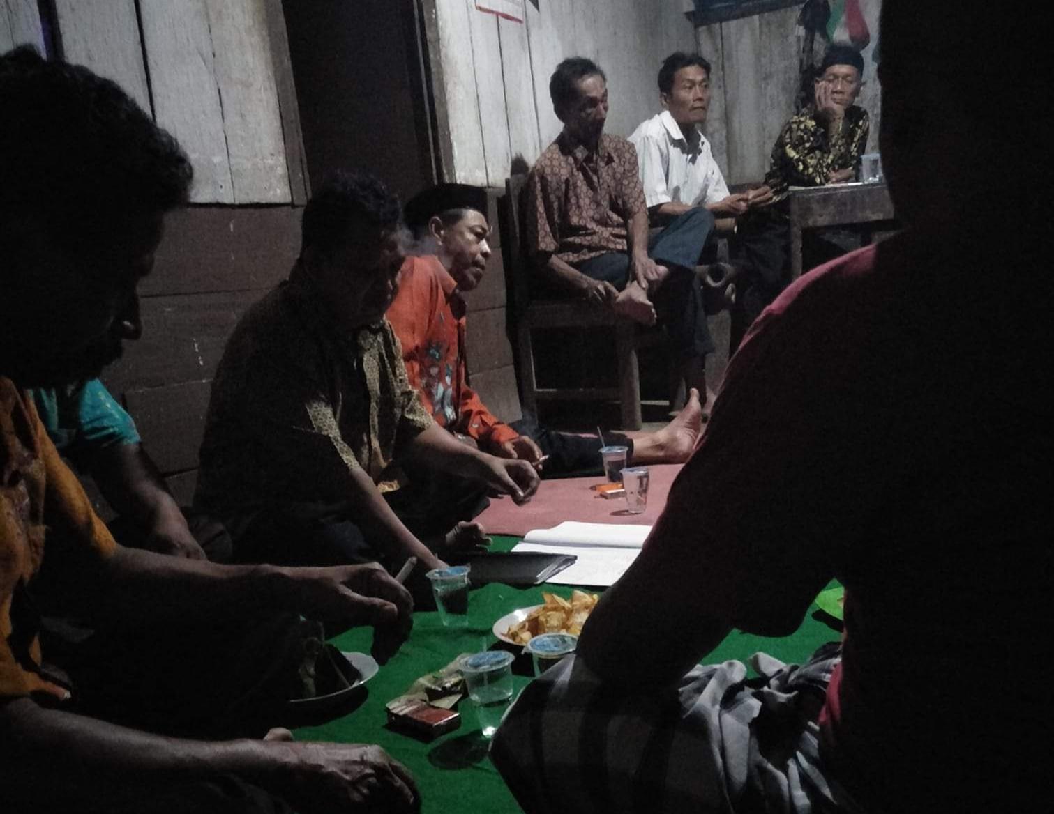 Tradisi Jaga Malam Jelang Pilkades / Foto : Ilustrasi / Medsos / Tulungagung TIMES