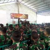 Ratusan Prajurit TNI dari Yonif R 509/BY saat mendapat pembekalan dari Kostrad (foto : M. Ali Makrus/Jatim TIMES)