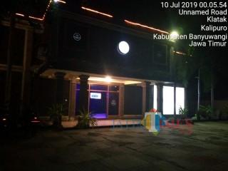 Mendut karaoke (MSC) dan  Mascot KTV buka melebihi Pukul 23.00 WIB  Karaoke