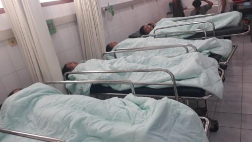 Kondisi 7 pelajar saat mengalami kecelakaan di sungai Bondoyudo (foto : istimewa / Jatim TIMES)