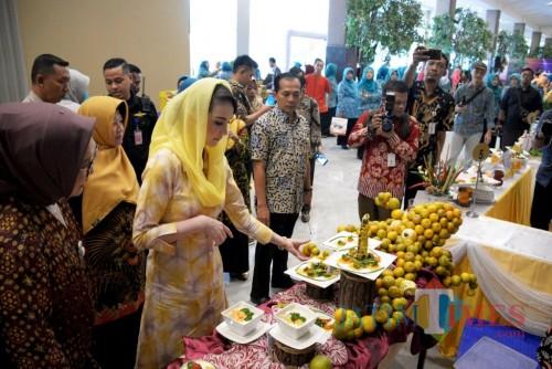 Pertemuan FORIKAN Jatim dan Lomba Masak Ikan Tingkat Provinsi Jatim Tahun 2019 di Dyandra Convention Center Surabaya, Kamis (11/7).