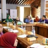 Berhasil Tekan Angka Inflasi, TPIDK ota Kediri menerima studi komparatif dari TPID Kabupaten Magelang. Foto: (Ist)