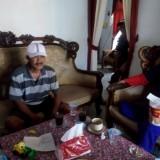 Mulyono mantan Kades Sumberpinang saat dikonfirmasi wartawan (foto : Moh. Ali Makrus / JatimTIMES)