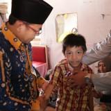 Naga Putra Wicaksono (tengah) saat bertemu Wali Kota Malang Sutiaji. (Humas Pemkot Malang for MalangTIMES)