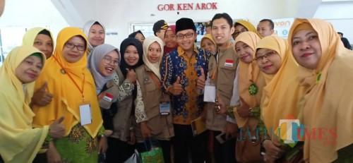 Wali Kota Malang Sutiaji (tengah kenakan kopiah) saat hadir dalam kegiatan halal bihalal PDM Kota Malang di Gor Ken Arok (Istimewa).