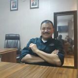Ketua Umum KONI Kota Malang, Eddy Wahyono saat dijumpai di ruangannya (Hendra Saputra)