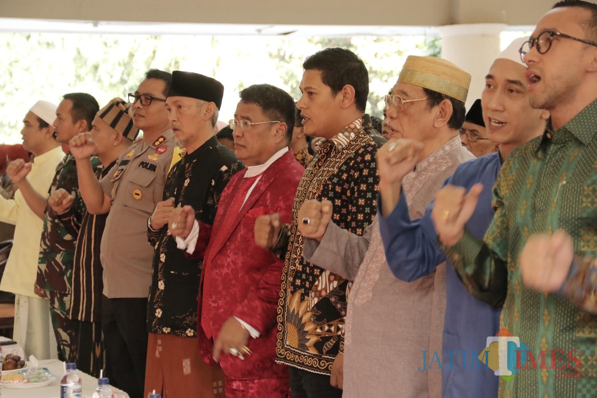 Hotman Paris Showan Pesantren lirboyo Kota Kediri Jawa Timur. Foto: (Bambang Setioko/JatimTIMES)