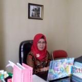 Sekretaris Disperindag Pemkab Blitar, Sri Astuti