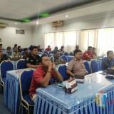 Sejumlah wartawan saat mengikuti rapat koordinasi konferensi pers kunjungan KPK di Kabupaten Situbondo. (Foto Heru Hartanto / Situbondo TIMES)