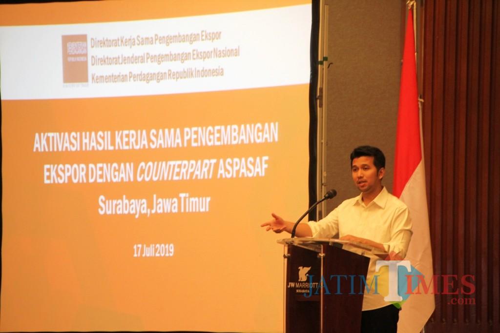 Emil Elestianto Dardak pada acara Seminar Advokasi Kerjasama Pengembangan Ekspor oleh Kementerian Perdagangan