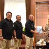 Bahan Baku Impor Kini Bisa Didapatkan Langsung di Pusat Logistik Berikat Surabaya