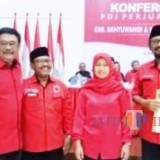 I Made Cahyana Negara (kiri) bersama Ficky Septalinda, H Sugirah, dan Ketua DPP PDIP Djarot Syaiful Hidayat (paling kanan).