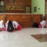 Lobby SMPN 1 Tulungagung (foto : Joko Pramono/JatimTIMES)