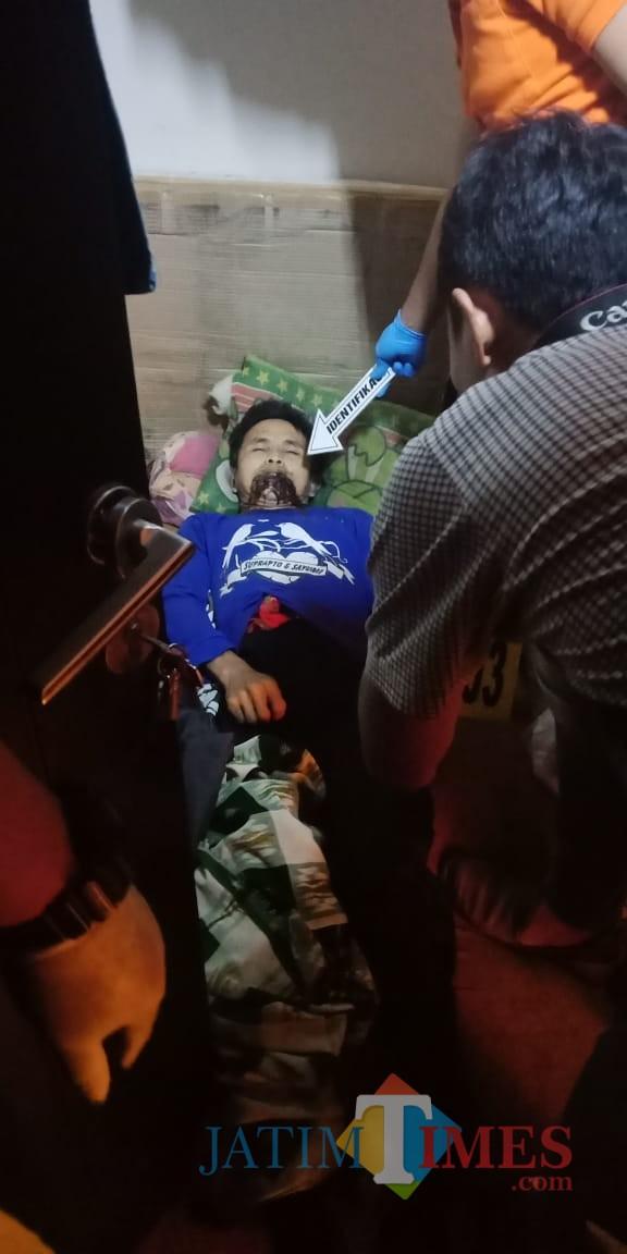 Kondisi jenazah korban sesaat sebelum dievakuasi (Foto : Humas Polres Malang for MalangTIMES)