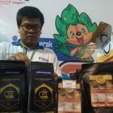 Sejumlah produk milik nasabah binaan ULaMM Malang. (Foto: Nurlayla Ratri/MalangTIMES)
