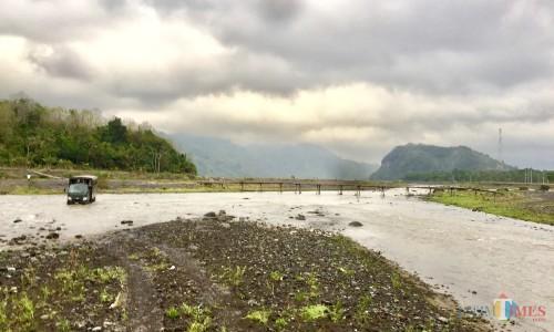 Sungai Ngglidik,DusunLebaksari, Desa Lebakharjo,Kecamatan Ampelgading, Kabupaten Malang. (Foto: Irsya Richa/MalangTIMES)
