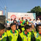 Anak dan masyarakat Kabupaten Situbondo saat melakukan deklarasi tolak korupsi di Car Free Day. (Foto Heru Hartanto/Situbondo TIMES)