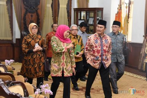 Audiensi Ketua Umum ICMI Prof Dr Jimmly Asshiddiqie SH di Gedung Negara Grahadi Surabaya, Sabtu (20/7).