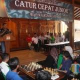 Kapolres Blitar AKBP Anisullah M Ridha saat membuka Turnamen Catur Cepat HUT Bhayangkara