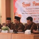 Komisioner KPU Kota Probolinggo saat Rapat pleno terbuka penetapan perolehan sudara dan Kursidi DPRD (Agus Salam/Jatim TIMES)