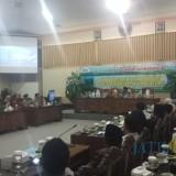 Anggota dan Calon Anggota DPRD Banyuwangi terpilih mendapatkan pembekalan dari Wakil Ketua KPK Saut Situmorang
