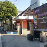 Kantor Bawaslu sekarang, ngontrak rumah  di Jalan Panjaitan Kota Probolinggo (Agus Salam/Jatim TIMES)