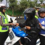 """Tiga Bulan, Ribuan Pengendara Motor """"Disemprit"""" Polisi"""