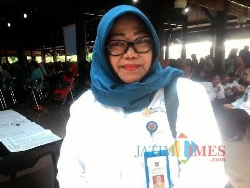 Kepala Dispendukcapil Kabupaten Malang Sri Meicharini berharap pelayanan adminduk tahun 2020 bisa dilakukan di tingkat kecamatan (Nana)